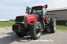 CASE-IH MX240 TRACTOR